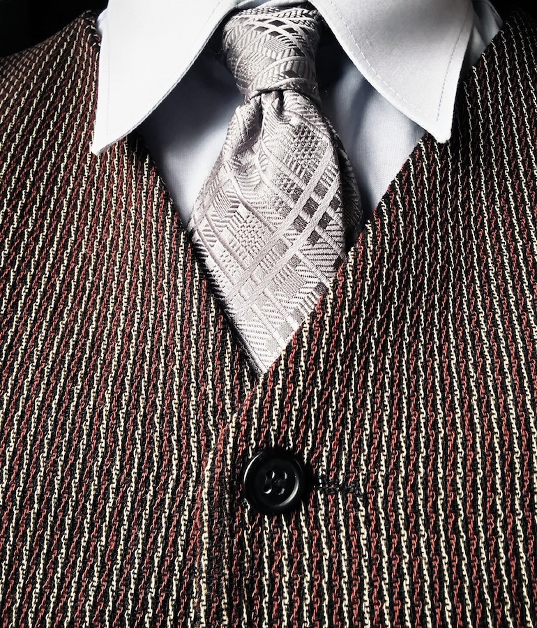 Tie layering men's winter fashion
